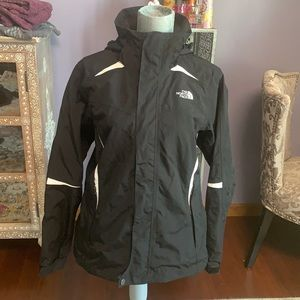 The North Face Resolve 2 coat